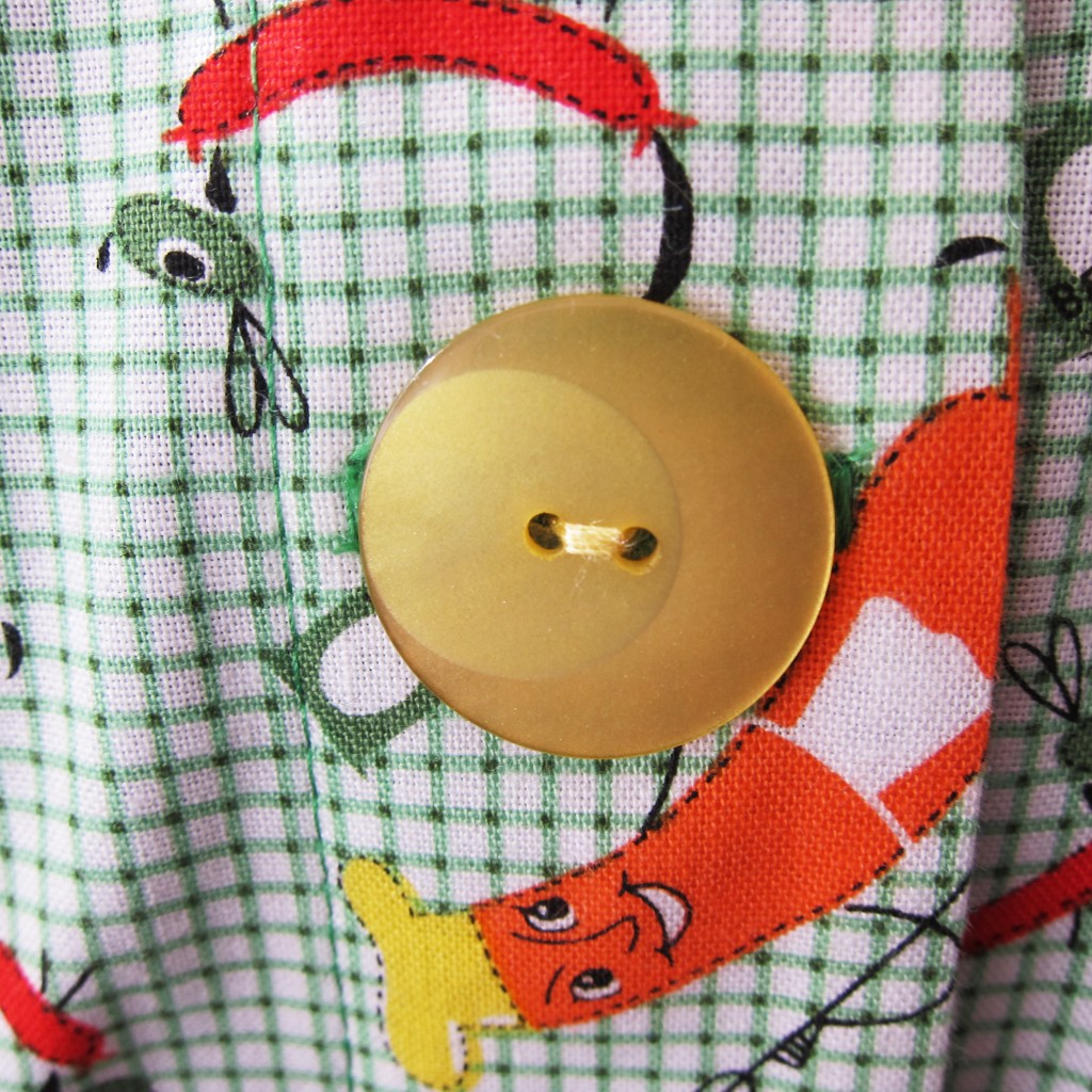 hot dog shirt button